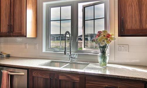 Kitchen Sink Window | Minnkota Windows